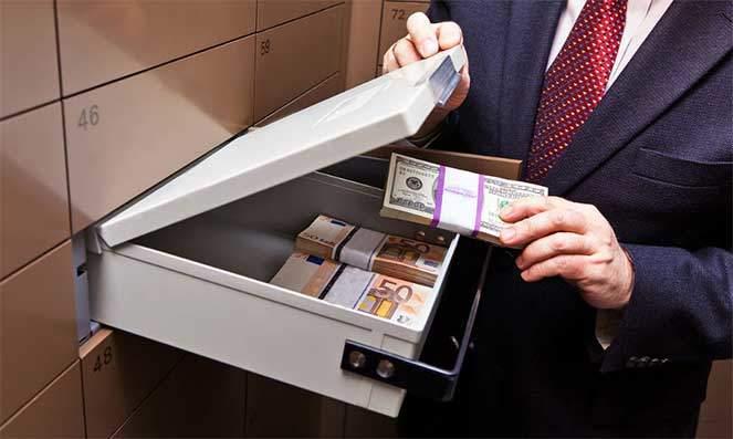 Деньги в банке